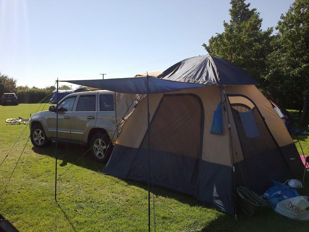 Jeep-WK-Hemi-Tent-UK