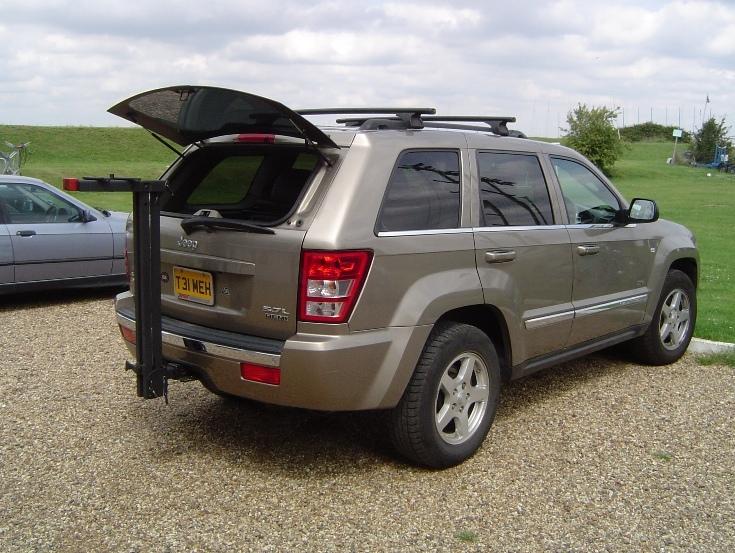 Jeep_WK_Tailgate_Window